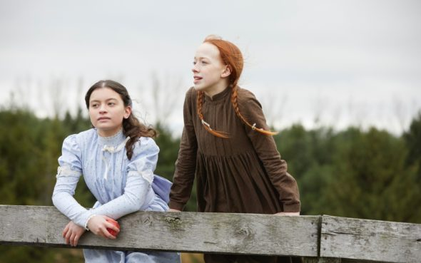 anne-with-an-e-netflix-canceled-renewed-a-590x369 (2)